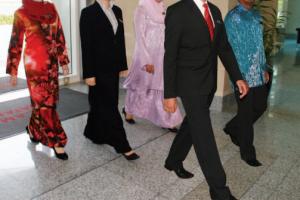 Garis Panduan Etika Berpakaian Pekerja Muslim Akan Dibentang Kepada NLAC