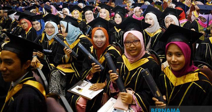 Siswazah Menganggur: Masalah Siswazah, Universiti Atau Majikan?